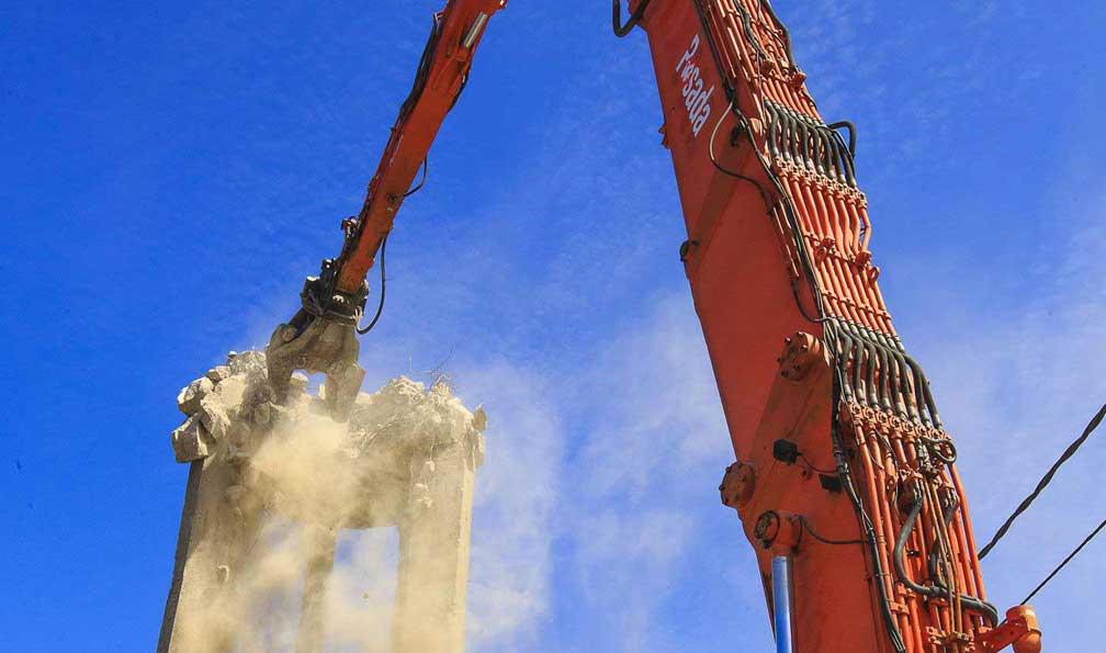 demolición de obras civiles