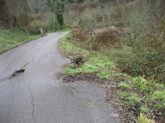 reparación hundimientos carretera