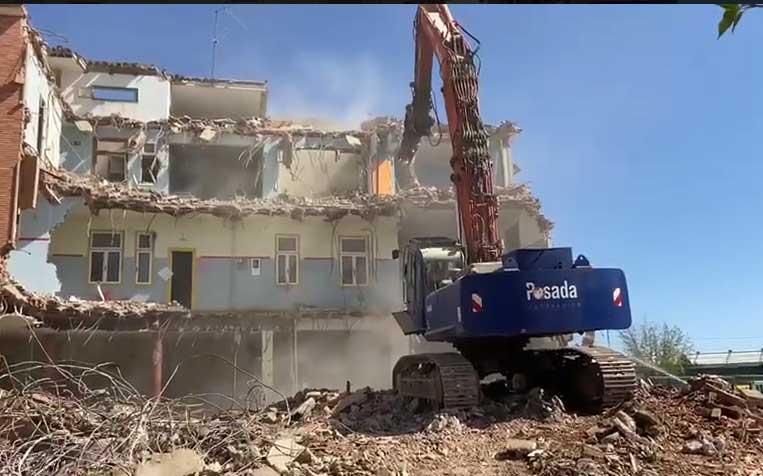 Demolición de edificio en Palencia